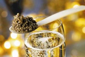 Популярные закуски под вино и шампанское